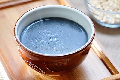 控脂降糖的燕麦芝麻豆浆