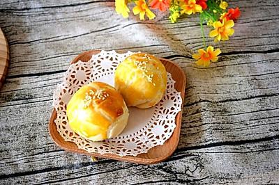 层层酥的蛋黄酥