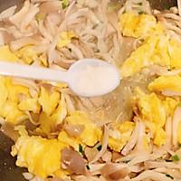 鲜美爽滑的平菇炒鸡蛋,超下饭又美味的做法图解9