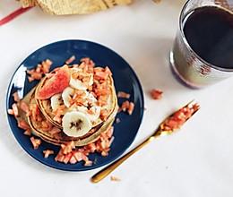 减肥也能吃的水蜜桃香蕉煎饼,简单快手#硬核菜谱制作人#的做法
