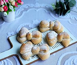 #爱乐甜夏日轻脂甜蜜#奶香浓郁蝴蝶结面包的做法