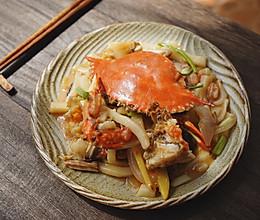 梭子蟹炒年糕的做法