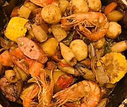 家庭快手海鲜三汁焖锅的做法