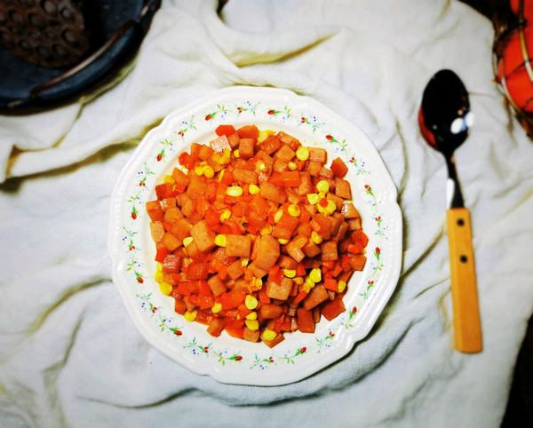 午餐肉胡萝卜玉米粒的做法