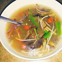 酸辣肚丝汤