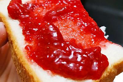 草莓季必熬的草莓果酱