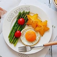 白灼芦笋+燕麦粥+煎蛋—早餐
