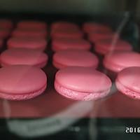 草莓马卡龙---恋爱的味道的做法图解10