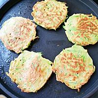 #福气年夜菜#萝卜丝鸡蛋饼的做法图解12