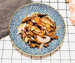 洋葱炒牛排——十分钟快手菜的做法