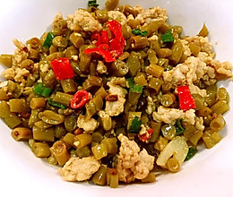 酸豆角炒肉末  #一道超级简单的下饭菜#的做法