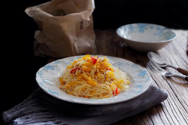 南瓜炒米粉的做法