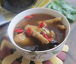 降三高吃什么好,灵芝凤爪枸杞汤的做法