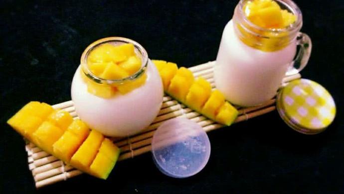 牛奶芒果布丁
