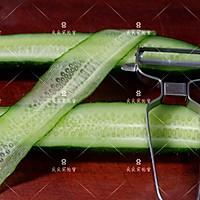 响油黄瓜,快手宴客菜#新年开运菜,好事自然来#的做法图解3