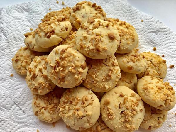 最爱宫廷小糕点——花生酥饼的做法