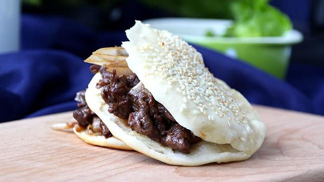 老北京烧饼夹烤肉#利仁电饼铛,烙烤不翻锅#的做法