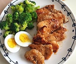 减肥健身餐-鸡胸肉、西兰花的做法