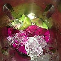 清肠减肥~火龙果奇异果汁的做法图解3