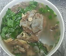 香浓牛脊骨汤的做法