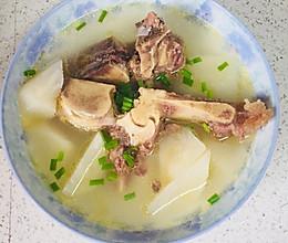 牛脊骨萝卜汤的做法