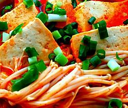 辣白菜豆腐煲的做法