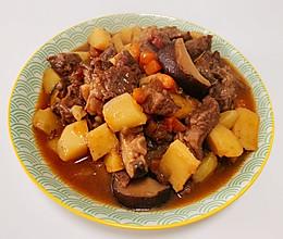 香菇土豆炖牛肉的做法