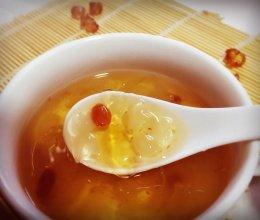 桃胶皂角米炖雪燕的做法