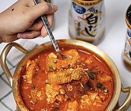 韩式五花肉辣白菜大酱汤的做法