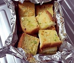 黄油蒜香吐司的做法