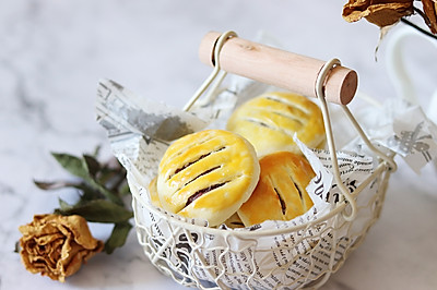 #洗手做汤羹# 蔓越莓老婆饼