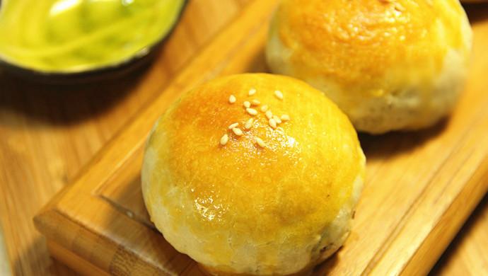 最经典~蛋黄酥,好吃到根本停不下来~#长帝烘焙节#