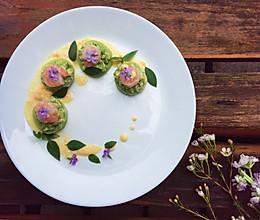 虾仁牛油果沙拉的做法