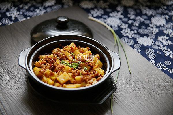 能吃三大碗的下饭菜【米豆腐肉泥】的做法