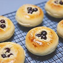 酥粒蓝莓面包