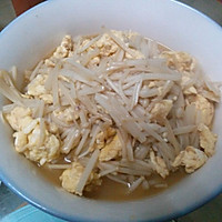 金针菇炒蛋的做法图解1