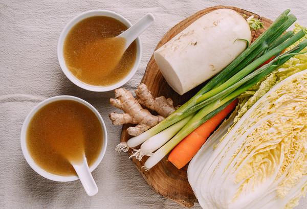 秘制蔬菜高汤   家中必备宝藏食谱,不加一块肉却堪比肉鲜美的做法