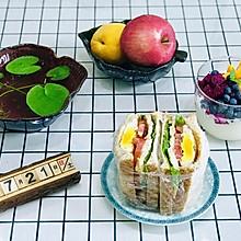 #美食新势力#超厚超好吃鸡肉三明治,吃了不会胖哦!