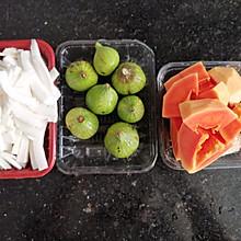 椰子木瓜鸡汤