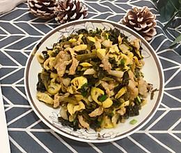 #美食视频挑战赛#下饭神器:笋片雪菜肉丝的做法