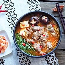 泡菜肥牛锅(附腌泡菜做法) | 好吃到汤都喝光光