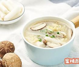 白菜肉丝年糕汤的做法