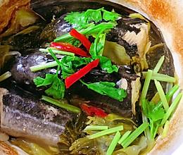 普宁豆酱酸菜焖鳗鲶的做法