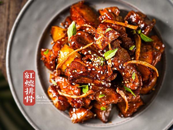 年夜饭大菜系列之红红火火土豆红烧排骨的做法