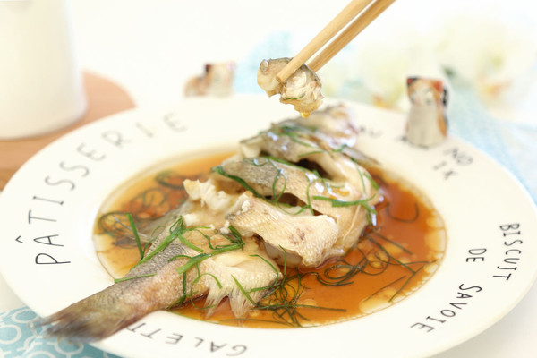 家常清蒸鲈鱼 宝宝辅食微课堂的做法