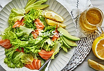 三文鱼腌渍沙拉的做法