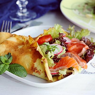 三文鱼可丽饼
