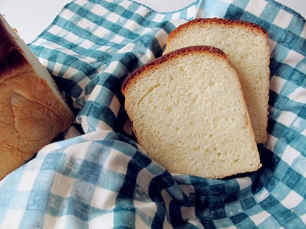 基础面包--牛奶吐司