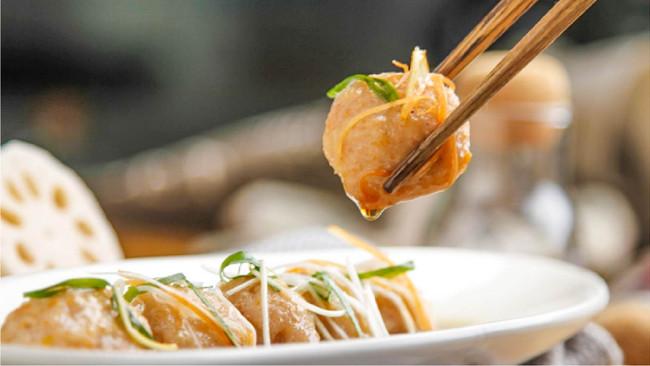 葱油鲜虾藕丸的做法
