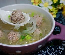 萝卜丝汆肉丸汤的做法